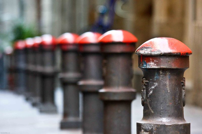 Street posts Barcelona