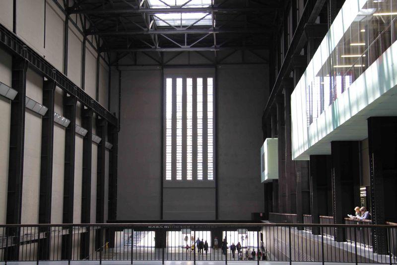 London, England: Tate Museum Ground Floor