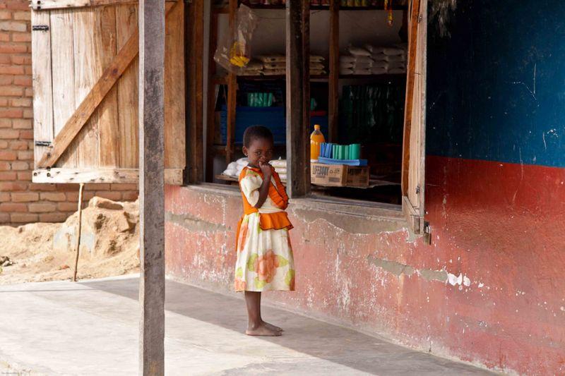 Kande, Malawi - girl at store