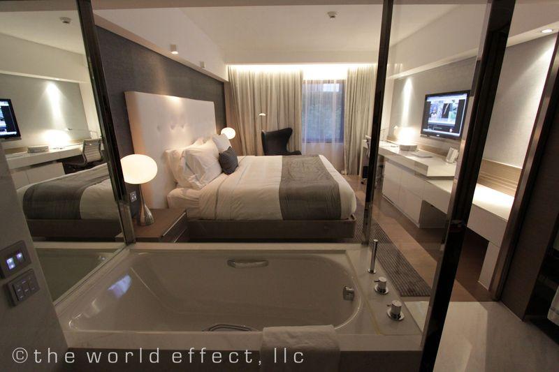 Hong Kong - Mira Guestroom